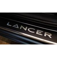 Наклейки на пороги Mitsubishi Lancer 10