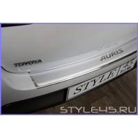 Наклейка на задний бампер для Toyota Auris 2