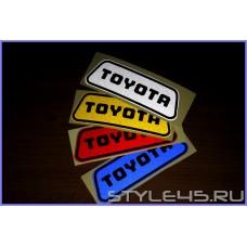 Светоотражающие наклейки на дверь для Toyota