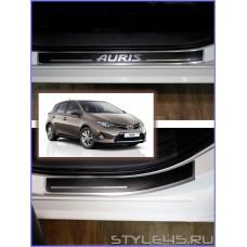Наклейки на пороги для Toyota Auris 2