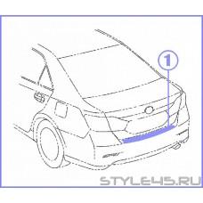 Наклейка на задний бампер для Toyota Camry  5